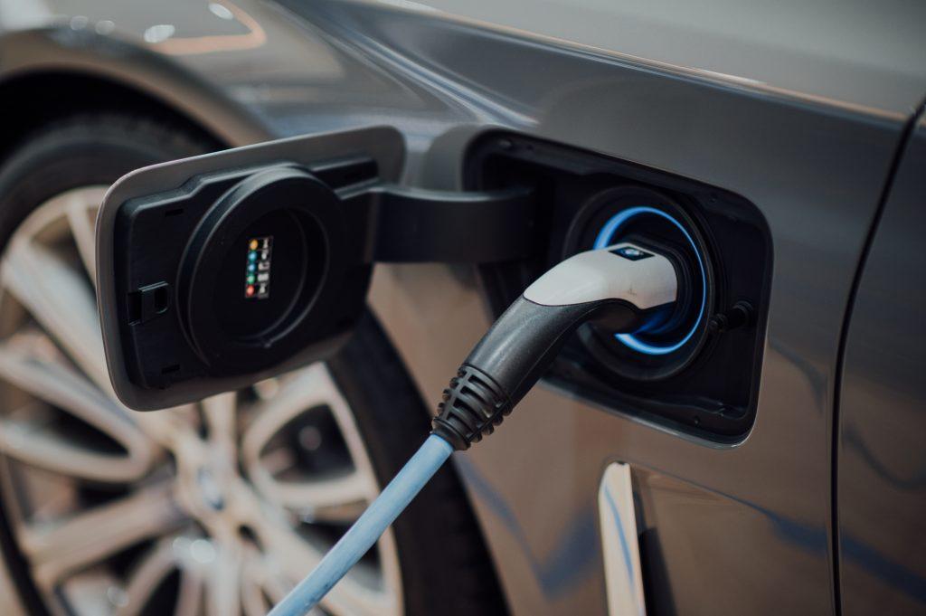 carga de coches eléctricos en Barcelona
